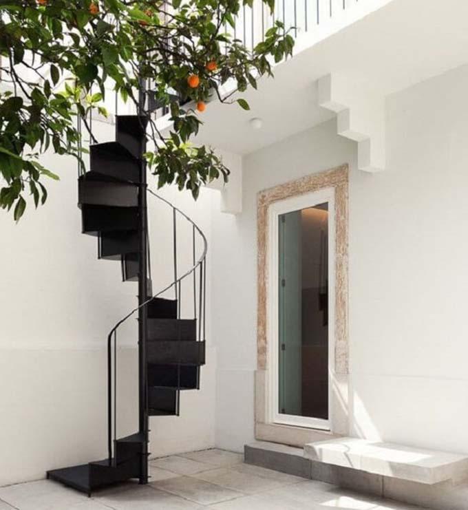 Cầu thang sắt ngoài trời 3