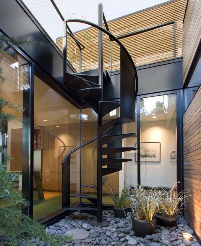 Cầu thang sắt ngoài trời 4