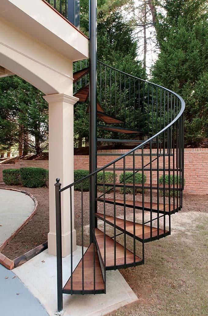 Cầu thang sắt ngoài trời 5