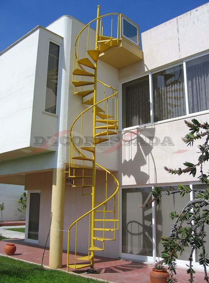 Cầu thang sắt ngoài trời 7