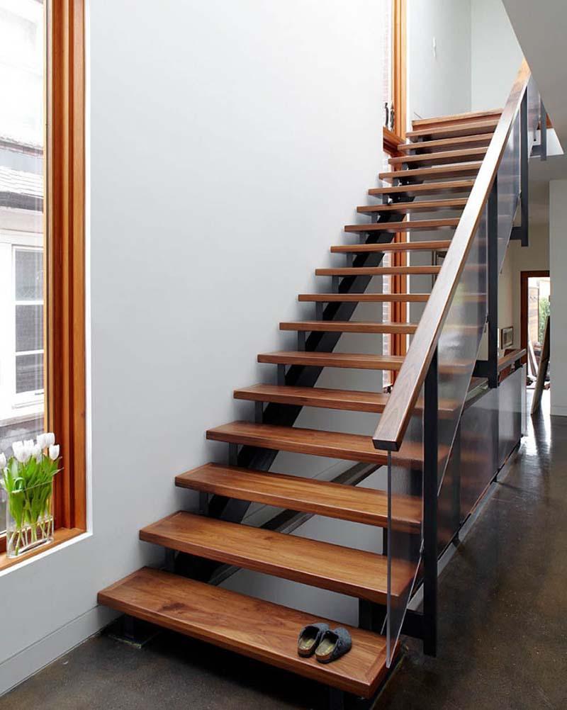 Cầu thang sắt mặt gỗ hình xương cá 15