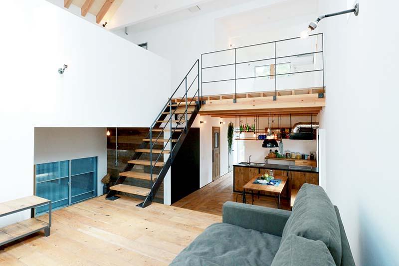 Cầu thang sắt mặt gỗ hình xương cá 9