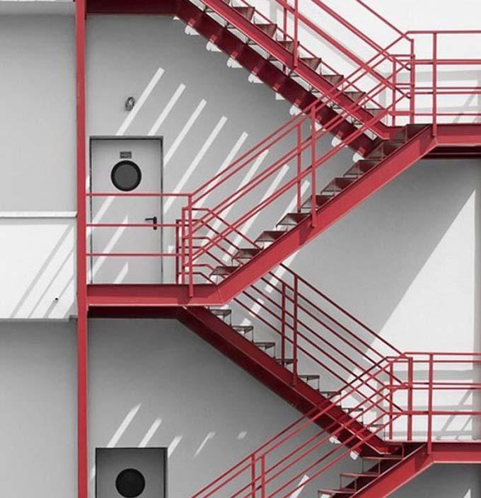 Cầu thang sắt thoát hiểm 5
