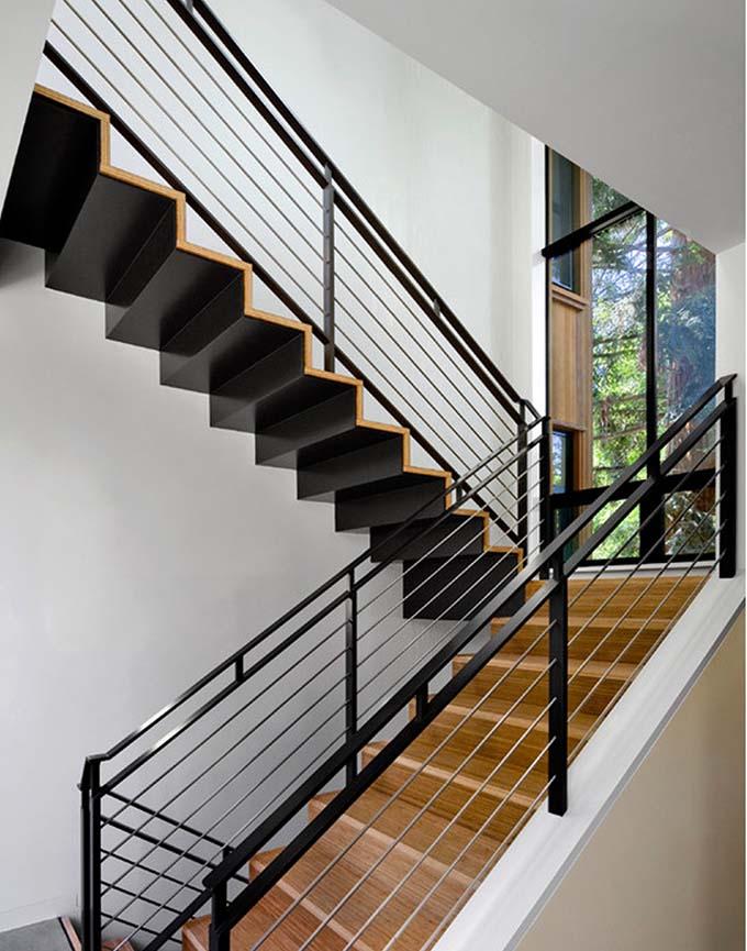Mẫu cầu thang sắt 1