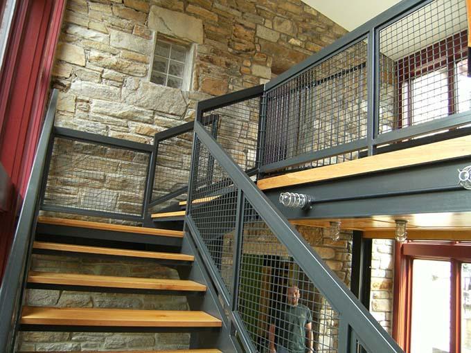 Mẫu cầu thang sắt 14