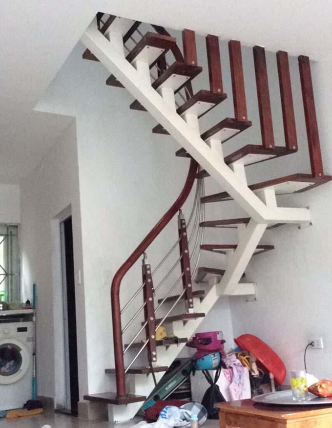 Mẫu cầu thang sắt 21