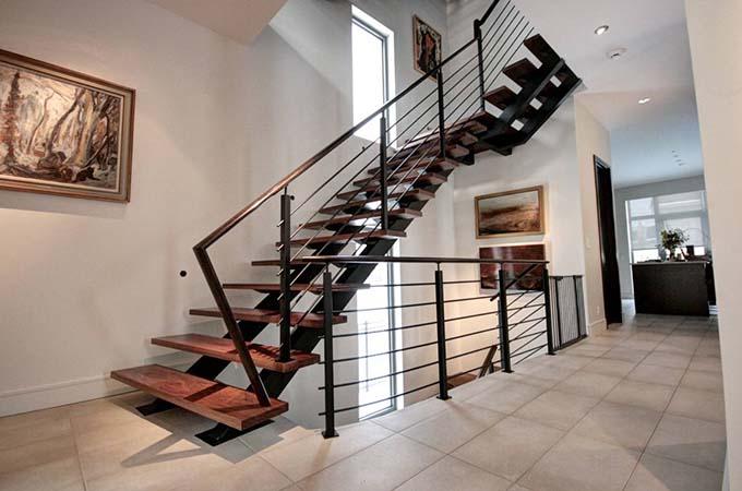Mẫu cầu thang sắt 26