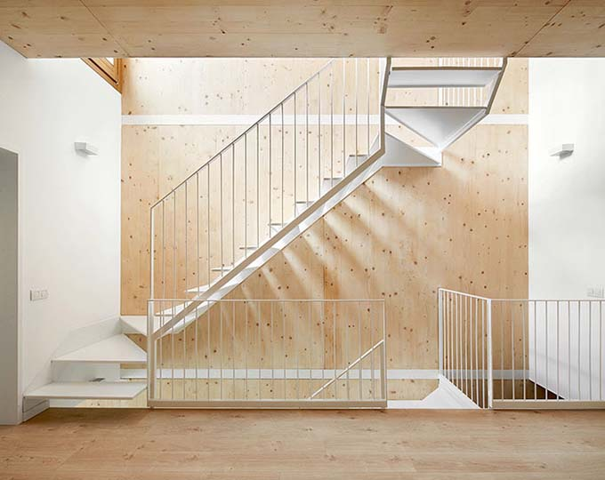 Mẫu cầu thang sắt 39