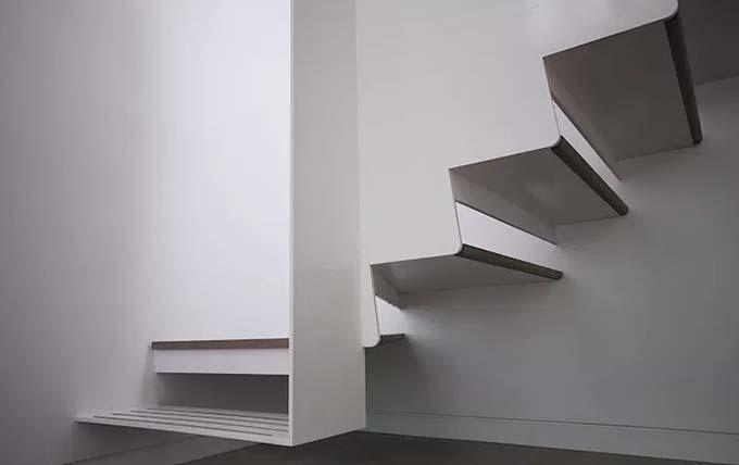 Mẫu cầu thang sắt 42