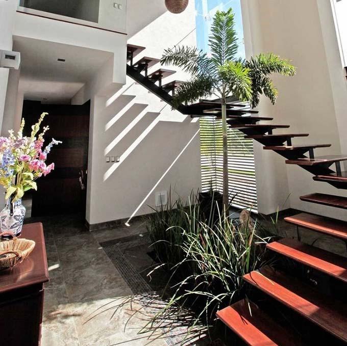 Mẫu cầu thang sắt 9