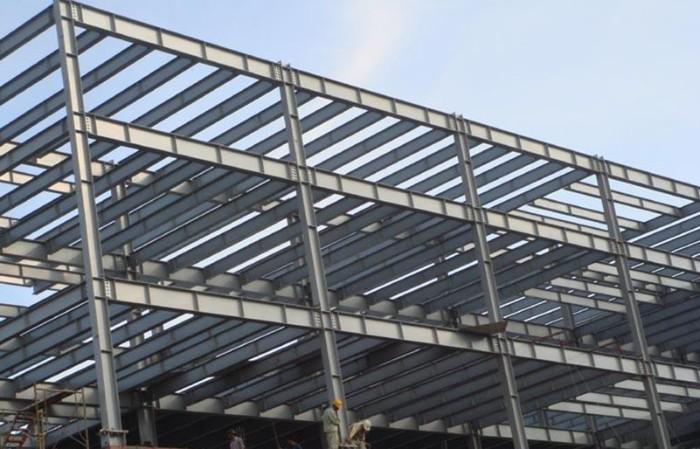 Thi công nhà khung sắt mái tôn
