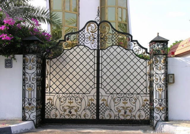 Mẫu cổng sắt mỹ thuật 3