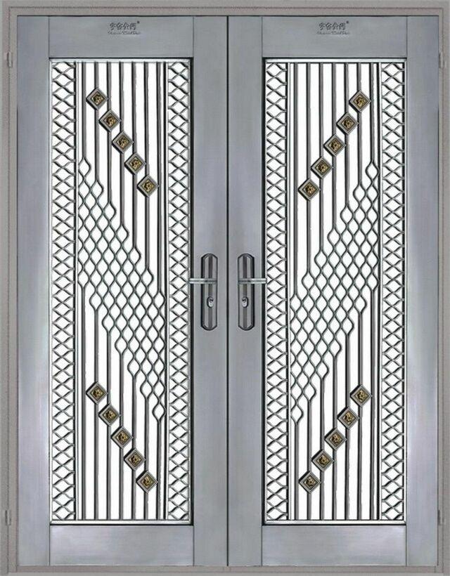 Mẫu cửa sắt 2 cánh đẹp 10