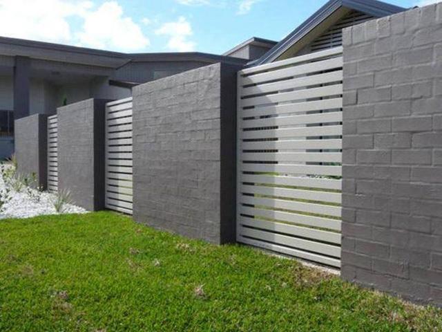 Mẫu hàng rào sắt kết hợp bê tông số 1