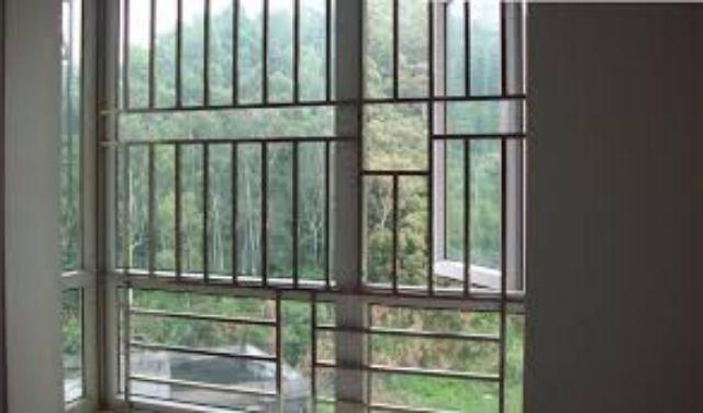 Khung sắt cửa sổ đơn giản mẫu 14
