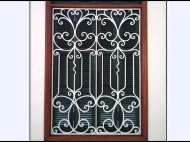 Khung sắt cửa sổ nghệ thuật mẫu 1