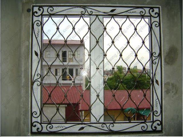 Khung sắt cửa sổ nghệ thuật mẫu 10