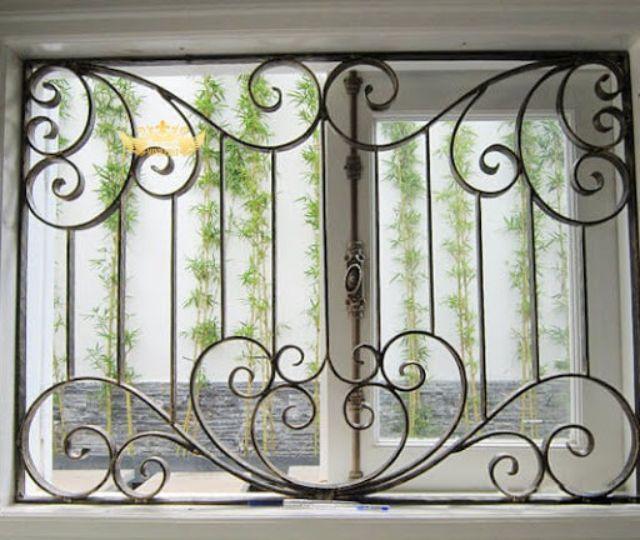 Khung sắt cửa sổ nghệ thuật mẫu 11