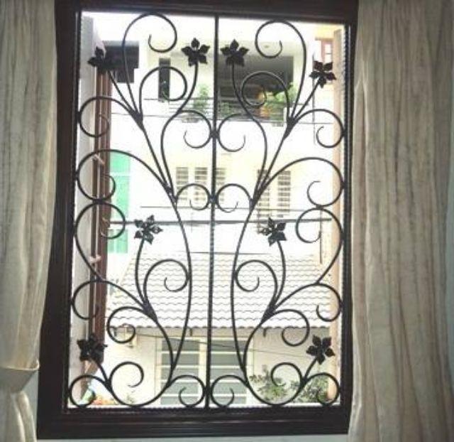 Khung sắt cửa sổ nghệ thuật mẫu 13