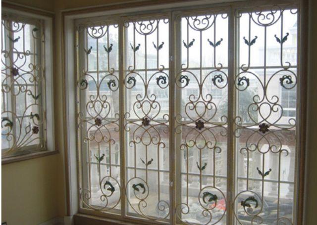 Khung sắt cửa sổ nghệ thuật mẫu 15