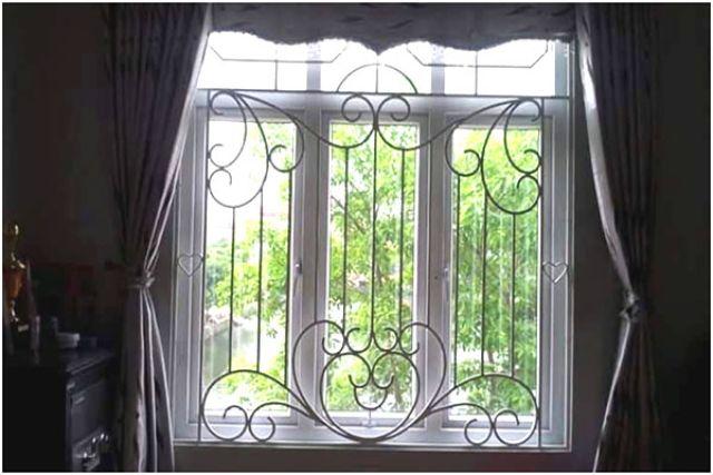 Khung sắt cửa sổ nghệ thuật mẫu 8