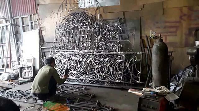 Xưởng làm lan can sắt