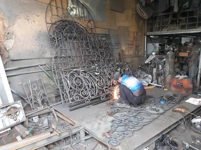 Làm sắt mỹ thuật tại xưởng 3