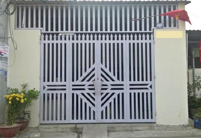 Mẫu cửa sắt pano 4 cánh đẹp 8