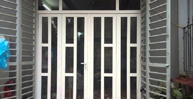 Mẫu cửa sắt pano 4 cánh đẹp hiện đại khác 13