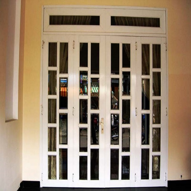 Mẫu cửa sắt pano 4 cánh hiện đại 5