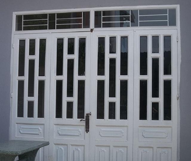 Mẫu cửa sắt pano 4 cánh hiện đại 6