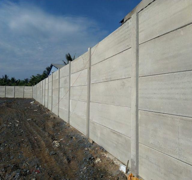 Mẫu tường rào cổng ngõ bằng bê tông 3