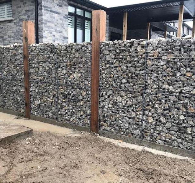 Mẫu tường rào cổng ngõ bằng đá 1
