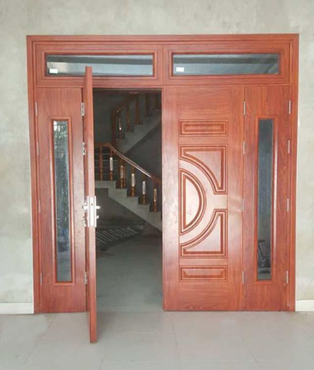 cửa 4 cánh lệch nhau