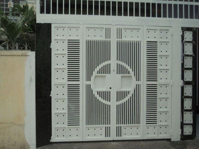 cửa cổng sắt 4 cánh đẹp 12