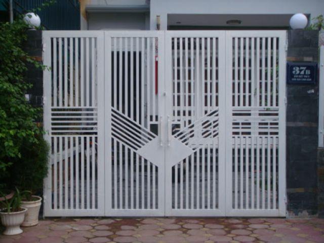 cửa cổng sắt 4 cánh đẹp 15
