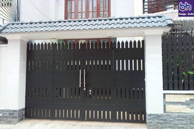 cửa cổng sắt 4 cánh đẹp 7