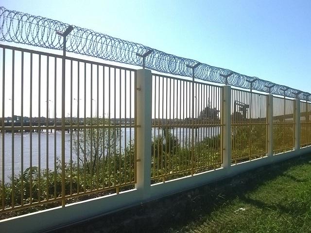 mẫu hàng rào sắt chống trộm 31