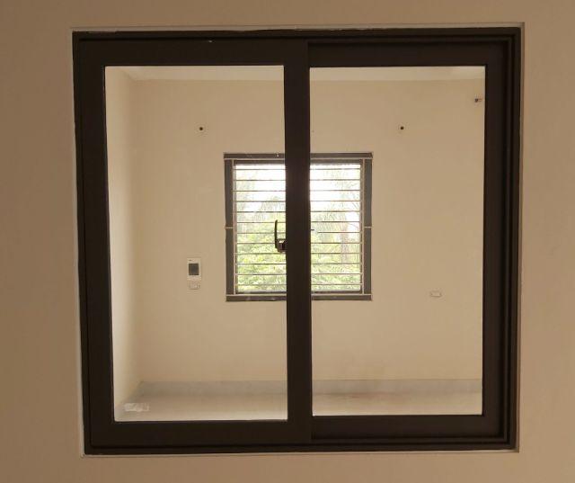 cửa sổ lùa 2 cánh 1