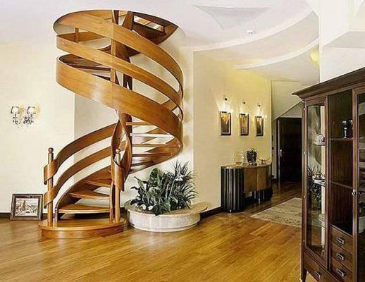 cầu thang xoắn gỗ