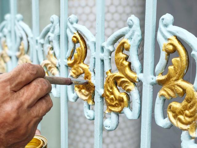Cách sơn cửa sắt mới