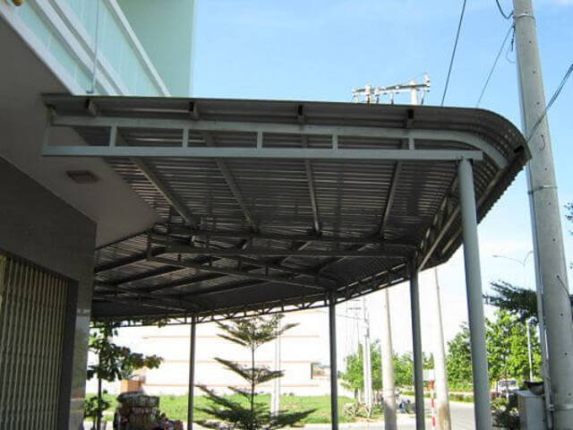 mẫu mái tôn sân nhà 1