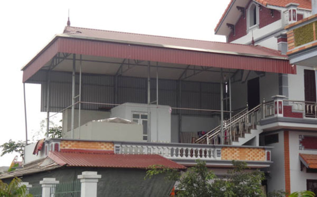 mẫu mái tôn sân nhà 3