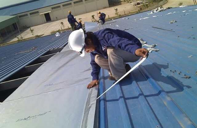 Quy trình lắp đặt mái tôn cho nhà công nghiệp